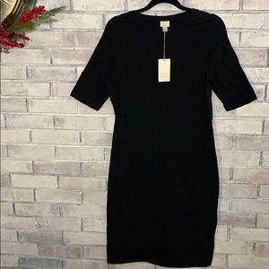 Women's Black stretchy dress size medium